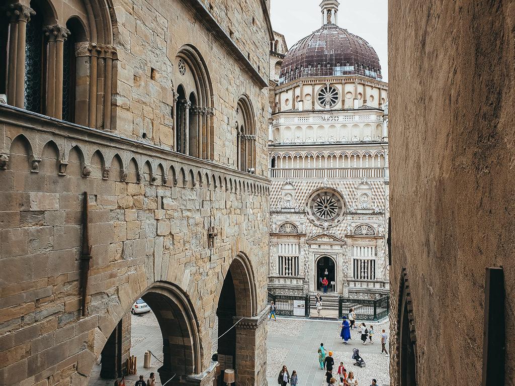 Piazza Bergamo