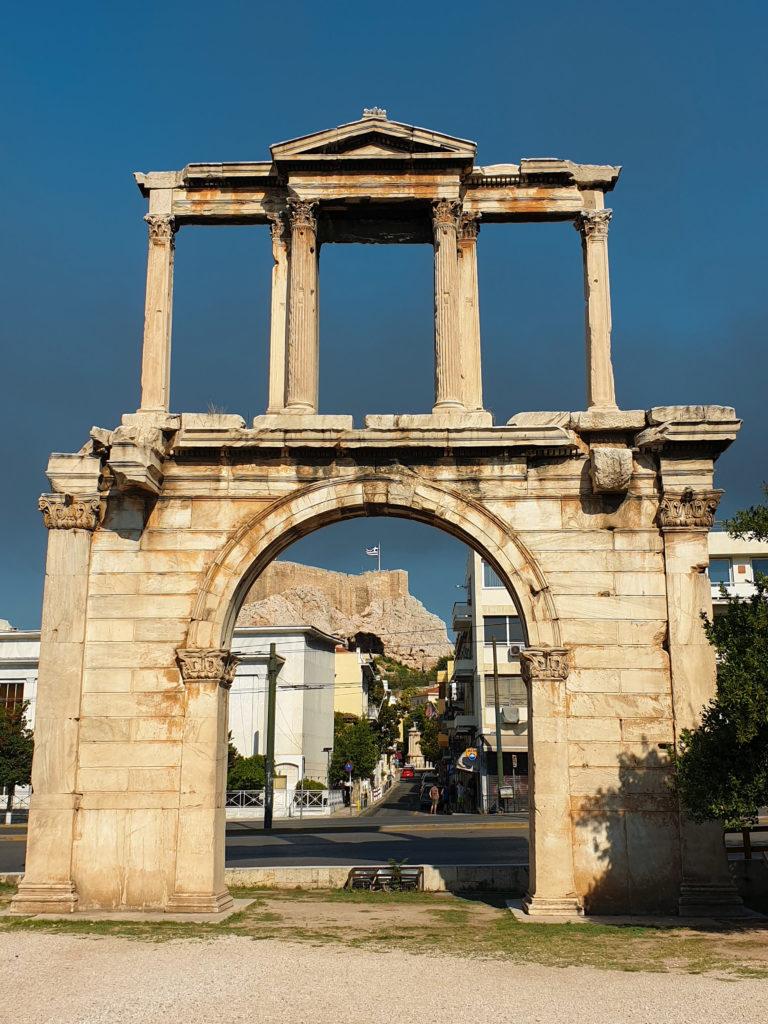 Visite d'Athènes : porte d'Hadrien